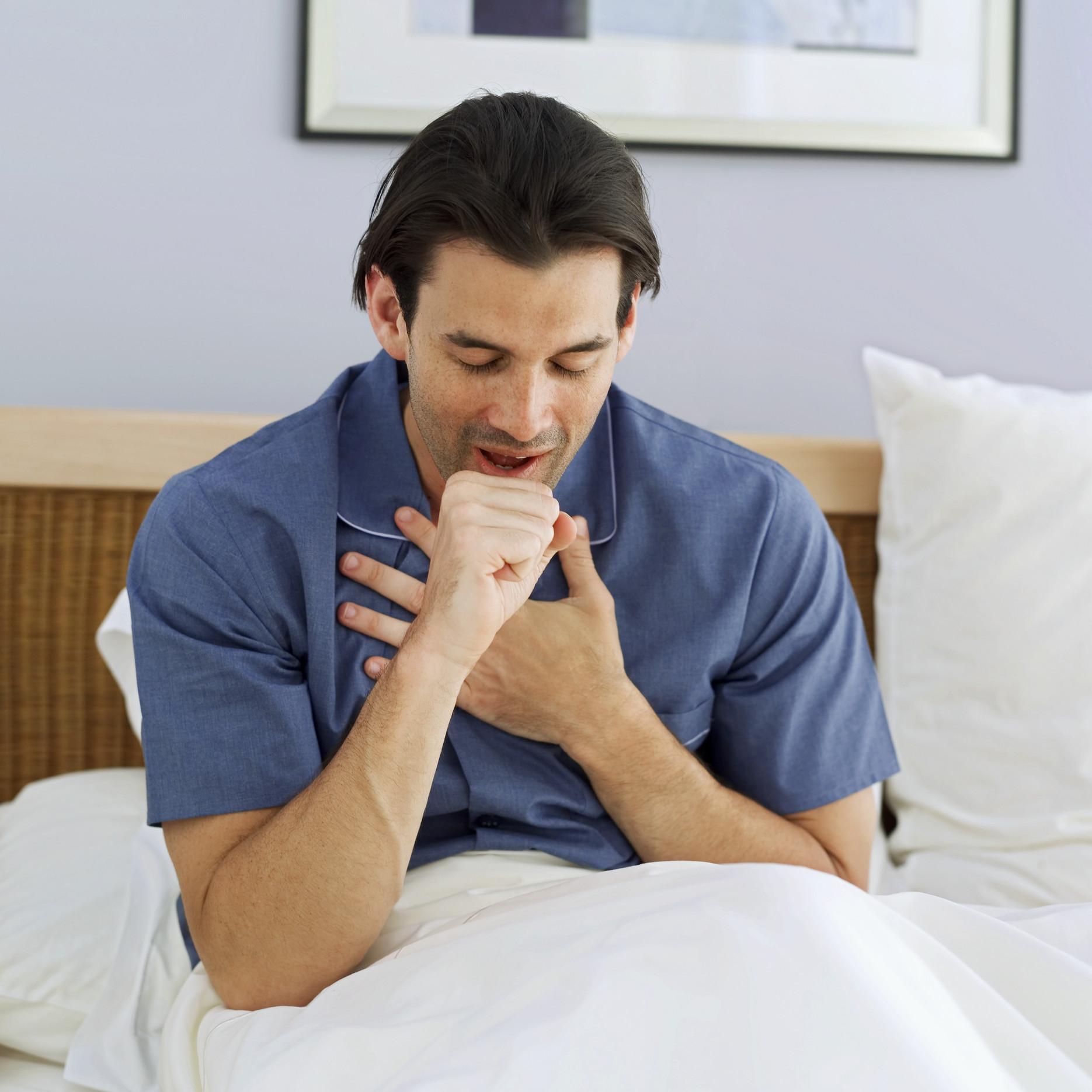 Etkili tedavi için öksürük sıkıştırın